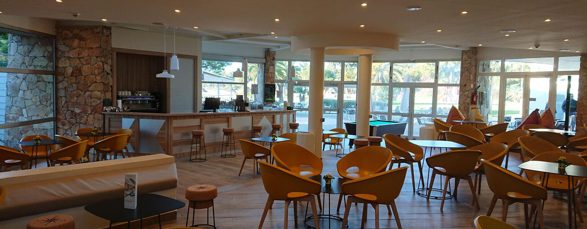 bar hotel plein sud hyeres