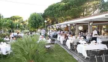 soiree blanche restaurant la pinede - hyeres